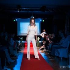 Project Fashion Tara Trunk1