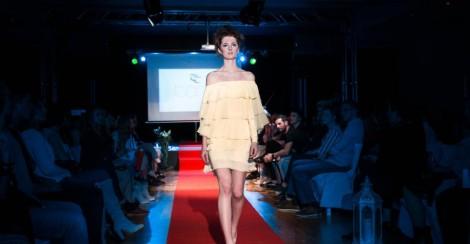Project Fashion Tara Trunk4