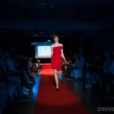 Project Fashion Tara Trunk8
